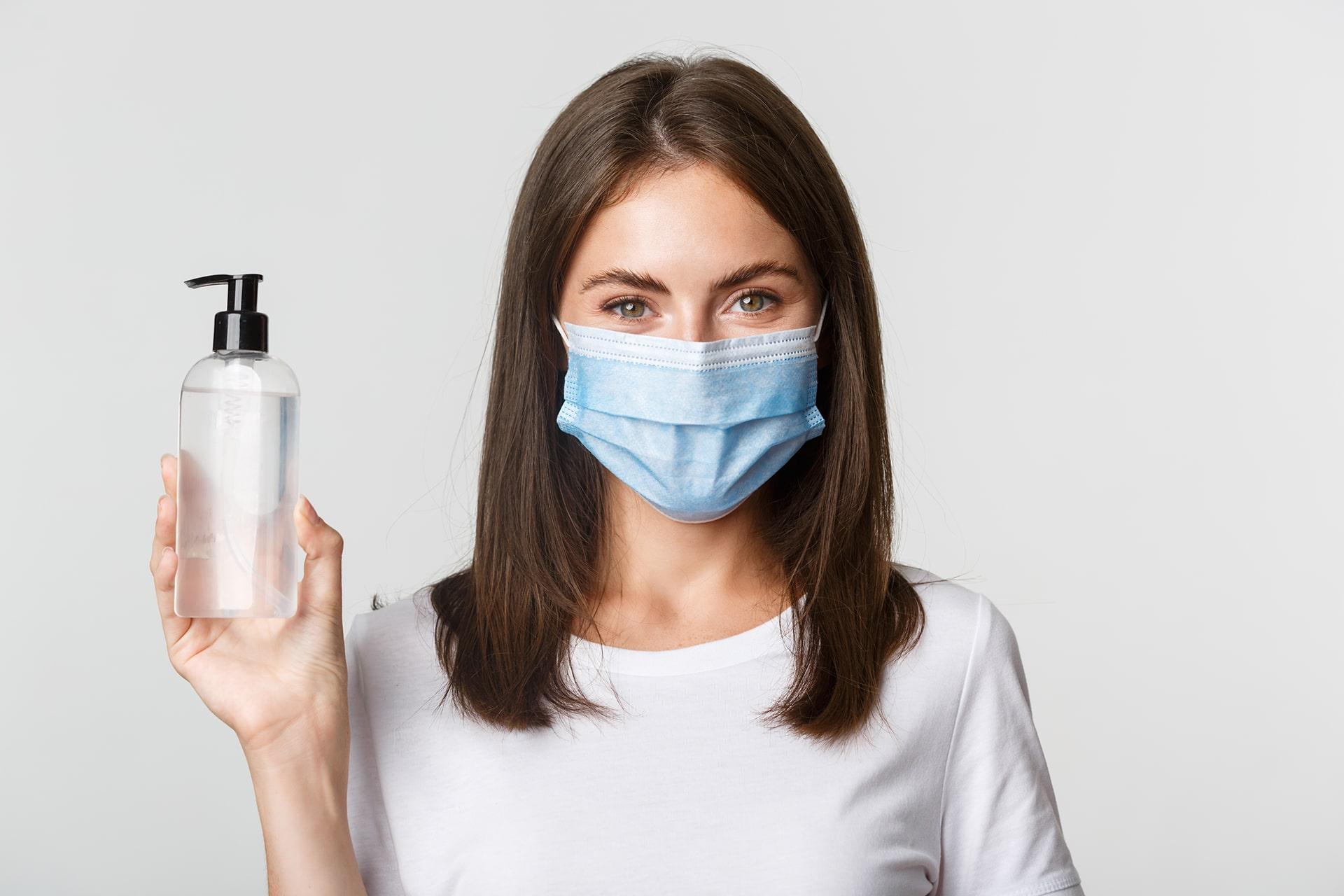 Cómo cuidar tu piel mientras usas una mascarilla